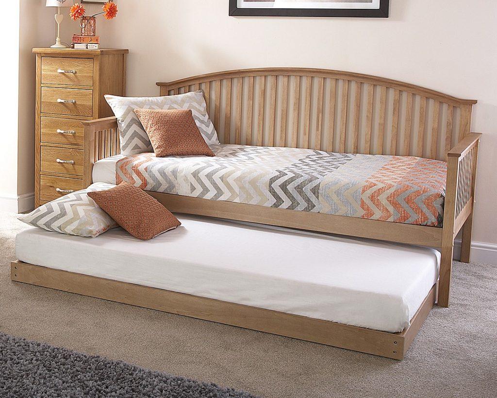oak veneer curved wooden day bed frame set brand new one stop furniture shop. Black Bedroom Furniture Sets. Home Design Ideas